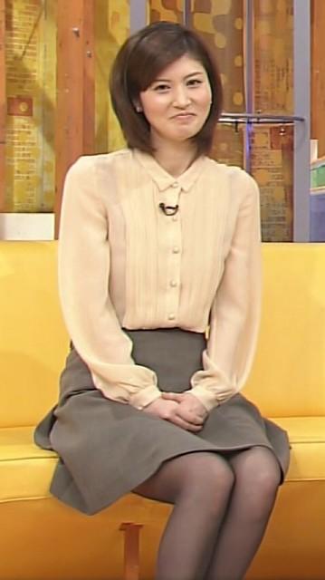 鈴江奈々の私服画像